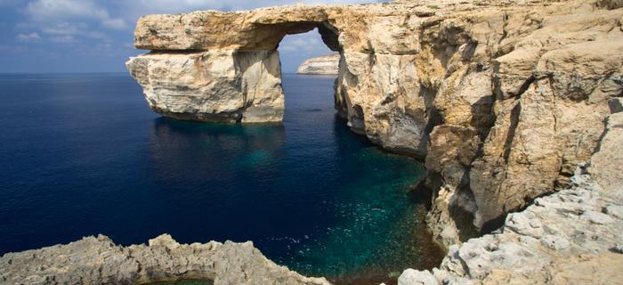 Klifowe wybrzeże na wyspie Gozo